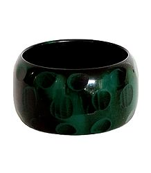 Green Lacquered Wooden Bracelet