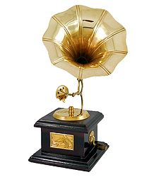 Brass Gramophone - Showpiece