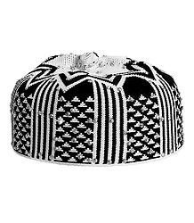 Black and White Thread Knitted Muslim Kufi Topi