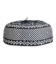 Grey and White Thread Knitted Muslim Kufi Topi