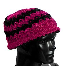 Black and Red Woolen Beannie Cap
