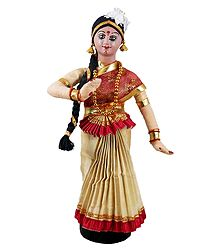 Mohini Attam Dancer