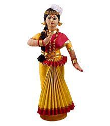 Mohini Attam Dancer