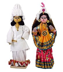 Bengali Bridal Couple - Wood with Cloth Doll