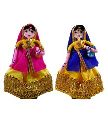 Pair of Gujarati Rural Women - Wire Doll