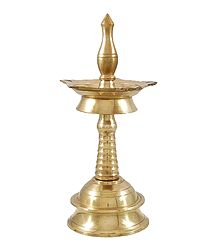 Shop Online Standalone 5 Faced Brass Oil Lamp
