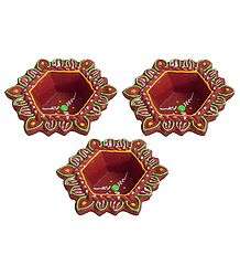 Set of 3 Hand Painted Maroon Hexagonal Diya