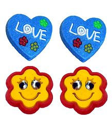 2 Pairs of Rubber Flower Stud Earrings