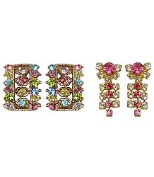 2 Pairs of Stone Studded Stud Earrings