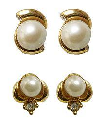 2 Pairs of Stud Earrings