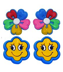 Pair of Rubber Flower Stud Earrings