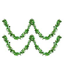 Set of 2 Decorative Green with White Paper Streamer