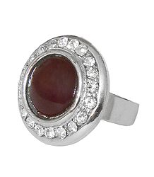 White and Dark Maroon Stone Setting Metal Ring