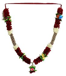 Buy Multicolor Roses with Maroon Cloth Garland