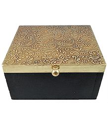 Carved Design Wooden Jewelry Box