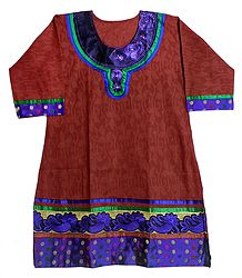 Self Design Red Kurta with Blue Embroidered Neckline and Border with Three Quarter Sleeves