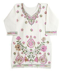 Kantha Stitch on Off-White Cotton Kurti