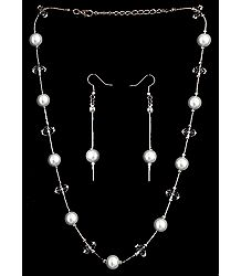 White Bead Necklace Set