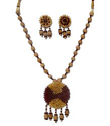 Wooden Bead Necklace with Paddy Pendant Set