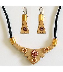 Wood Necklace with Earrings