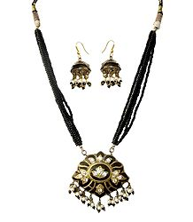 Meenakari Pendant with Earrings - Buy Online