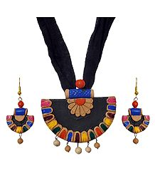 Terracotta Multicolor Fan Pendant & Earrings