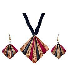 Terracotta Pendant & Earrings