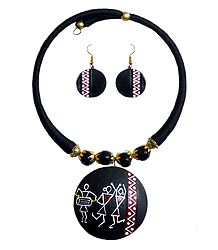 Black Thread Spring Necklace with Terracotta Pendant