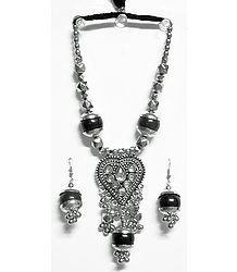 Metal Necklace with Heart Pendant and Earrings