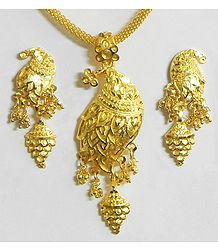 Gold Plated Pendant with Chain and Earrings