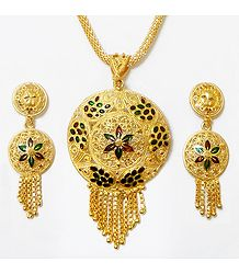 Gold Plated Chain with Lacquered Disc Pendant and Earrings