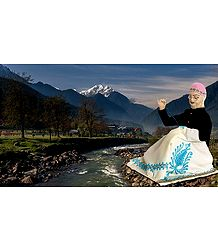 Kashmiri Shawl Weaver Photo - Unframed Photo Print on Paper