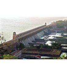 Tungabhadra Dam - Karnataka, India