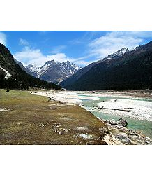 Snow Capped Himalayas, Yumthang - Photo Print