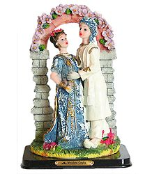 Buy Newly Wedded Couple - Resin Statue