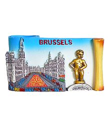 Brussel Scene with Pen Stand