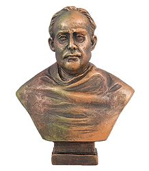 Ishwar Chandra Vidyasagar - Terracotta Sculpture