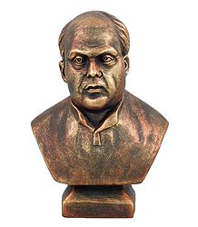 Sardar Vallabhbhai Patel - Terracotta Sculpture