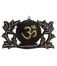 Om Key Rack with Four Hooks - Wall Hanging