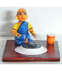 Woman Grinding Cereals - Kondapalli Doll