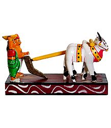 Farmer Couple Ploughing Field with Bullocks - Kondapalli Dolls